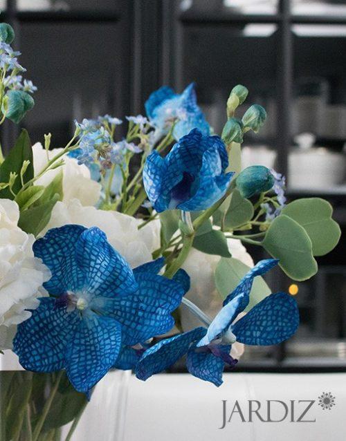 Синяя-орхидея-Ванда-букет