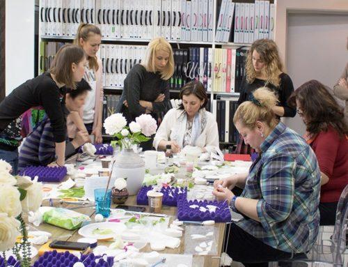 Выездные мастер-классы по созданию букетов из «холодного фарфора» в Москве или других городах